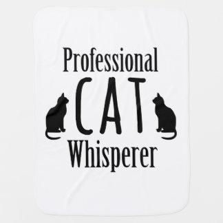 Whisperer profesional del gato manta de bebé