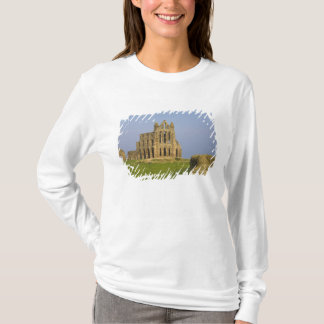 Whitby Abbey, Whitby, North Yorkshire, England T-Shirt