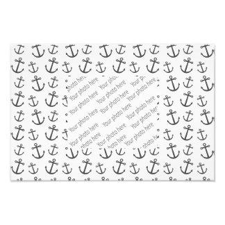 White anchor pattern photograph