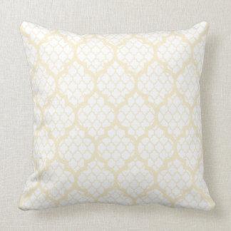 White And Beige Quatrefoil Geometric Pattern 2 Pillow
