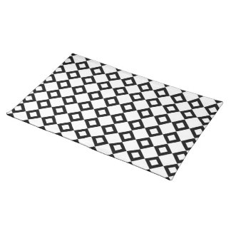 White and Black Diamond Pattern Cloth Placemat