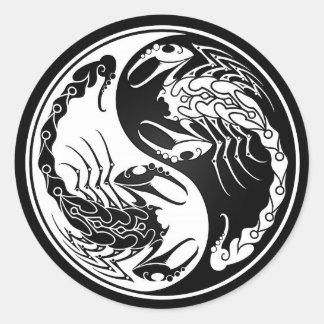 White and Black Yin Yang Scorpions Classic Round Sticker