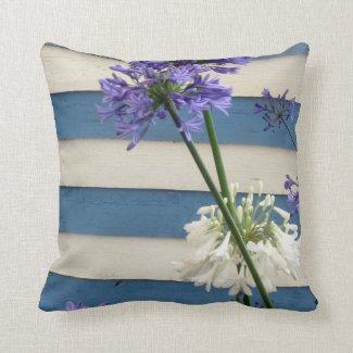 White And Mauve Allium Flowers On Stripes Throw Pillow