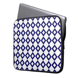 White and Navy Diamond Pattern Computer Sleeve