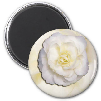 White and yellow flower 2 inch round magnet