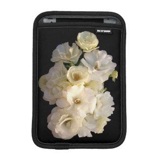 White baby roses sleeve for iPad mini
