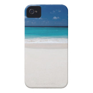 White Beach and Blue Sky iPhone 4 Case
