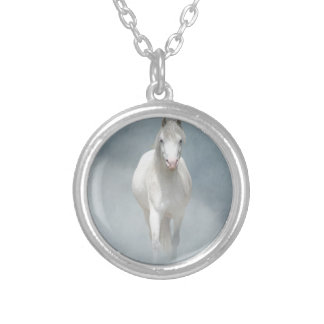 white beauty silver plated necklace