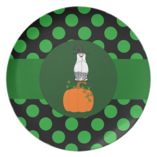 White & Black Owl Witch with Pumpkin & Green Dots Party Plates