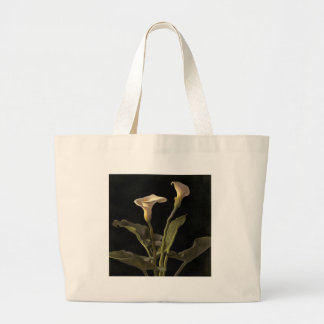 White Calla Lilies On A Black Background Large Tote Bag