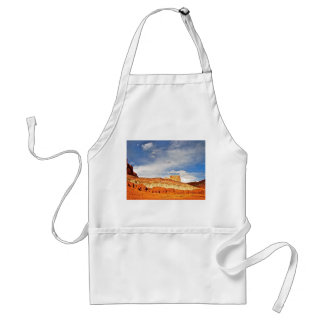 WHITE CASTLE IN CAPITOL REEF NATIONAL PARK ADULT APRON