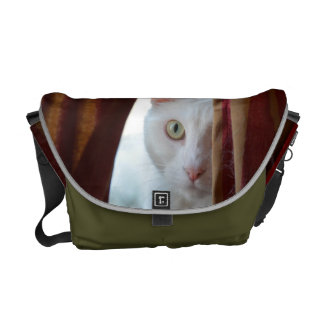 white cat bag ***