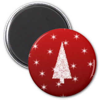 White Christmas Tree with Stars on Red. Magnet