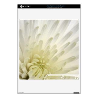 White Chrysanthemum PS3 Slim Console Decal