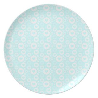 White Circle Hearts Dinner Plate
