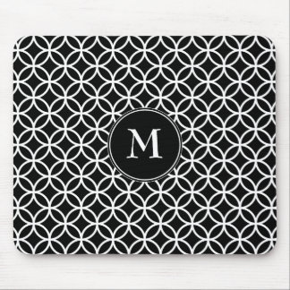 White Circles Overlapping Pattern Black Background Mouse Pad