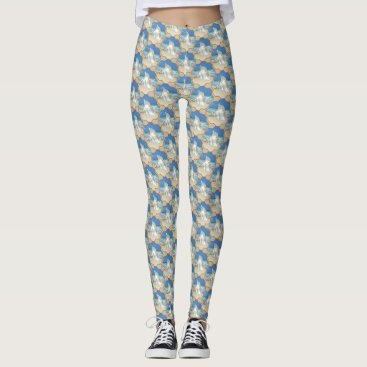 Beach Themed White Conch Shell on Beach Leggings