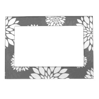 White Contemporary Flowers Magnetic Picture Frame