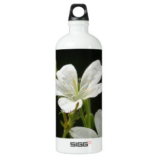 White Cranesbill Flowers Aluminum Water Bottle