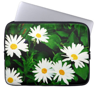 white daisies/green leaves laptop cover