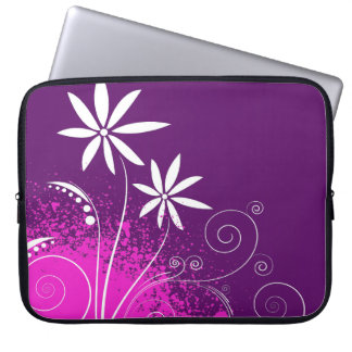 White Daisies on Purple Computer Sleeve