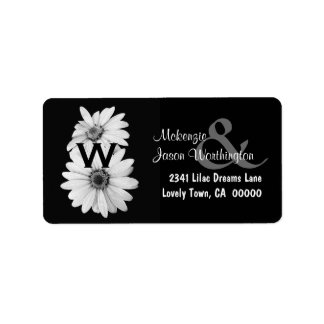 White Daisies Wedding Monogram B462 Label