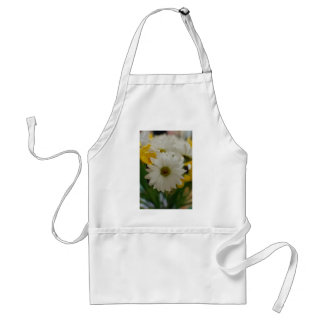 White Daisy Adult Apron