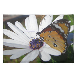 White Daisy and Butterfly Place Mat