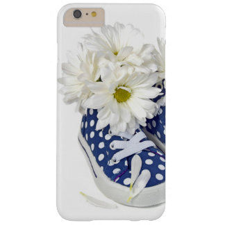 white daisy bouquet in sneakers barely there iPhone 6 plus case