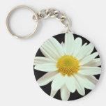 White daisy chrysanthemum keychain