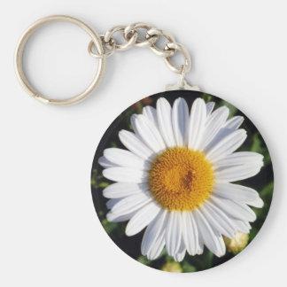 white daisy keychain
