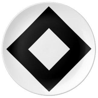 White Diamond, Bold Black Border Dinner Plate