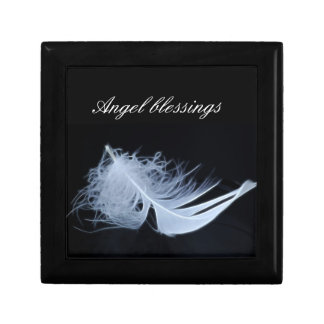 White feather - angelic by nature gift box