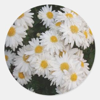 White flower round stickers