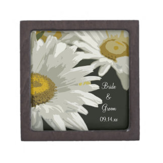 White Garden Daisies Wedding Gift Box Premium Jewelry Box