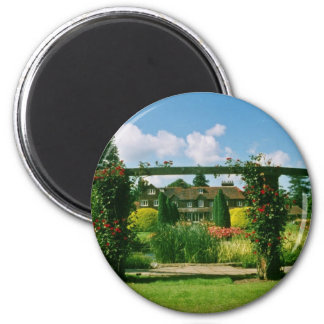 White Gardens of the Rose, St. Albans, England flo 2 Inch Round Magnet