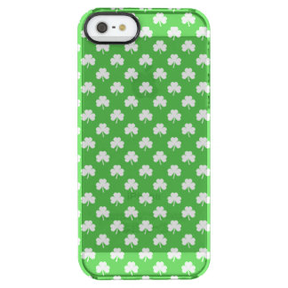 White Heart-Shaped Clover on Green St. Patrick's Uncommon Clearly™ Deflector iPhone 5 Case