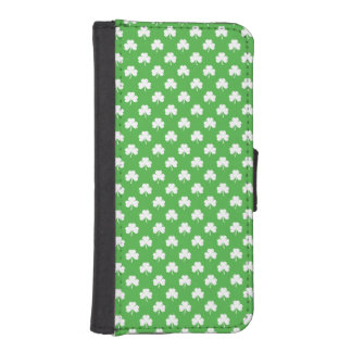 White Heart-Shaped Clover on Green St. Patrick's Phone Wallet Cases