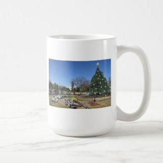 white house christmas decorations coffee mug