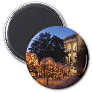 White House Christmas Lawn Decorations Magnet