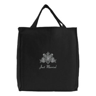 White Lace Wedding - Just Married Tote