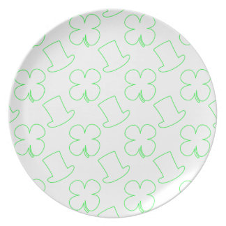 White Leprechaun Hat and Clover Pattern Plate