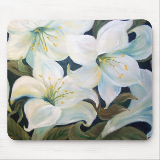 WHITE LILLIES MOUSE PAD