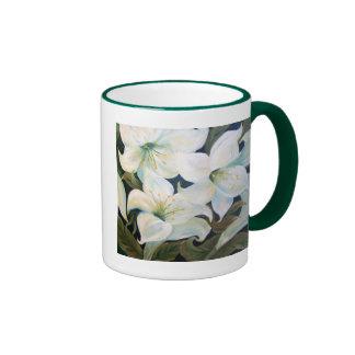 WHITE LILLIES RINGER COFFEE MUG