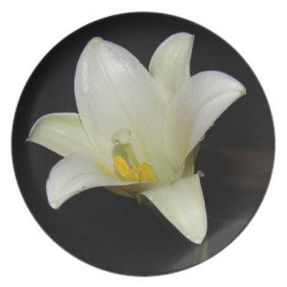 White Lily Flower Dinner Plate