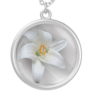 white lily silver plated necklace