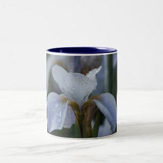 White Lily Two-Tone Coffee Mug