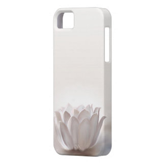 White Lotus Iphone 5 cover