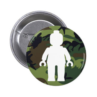 White Minifig in front of Camo Button