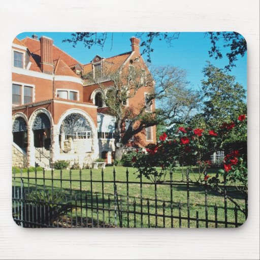 White Moody mansion and museum flowers Mouse Pad